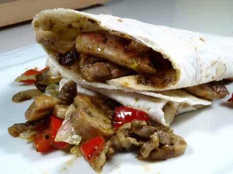 Indisk kylling i tortilla oppskrift.