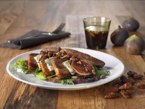 Ribbesandwich med fiken og brente mandler oppskrift.