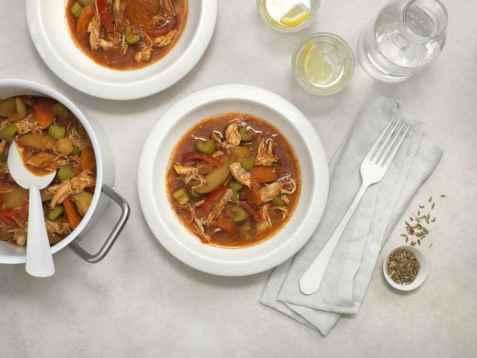 Kyllinggryte med grønnsaker og potet oppskrift.