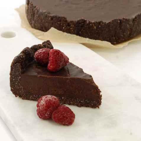 Rå sjokoladepai oppskrift.