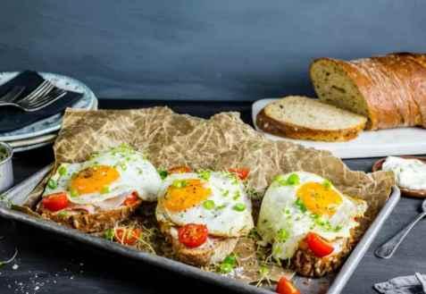 Bilde av Frokostsmørbrød med speilegg.