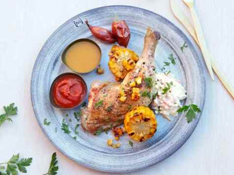 Bilde av Grillede kyllinglår med coleslaw.