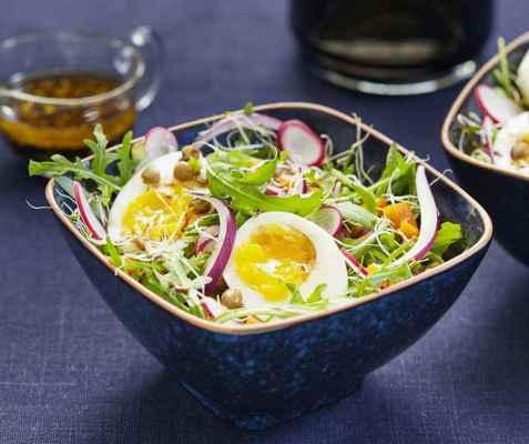 Linsesalat med egg oppskrift.