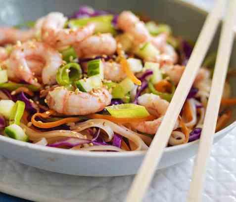 Asiatisk wok med reker oppskrift.