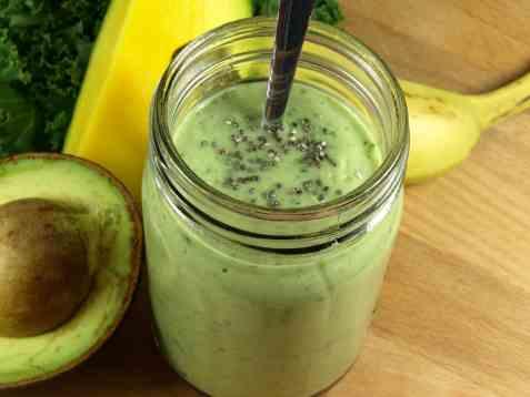 Grønn smoothie med grønnkål oppskrift.