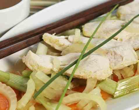Grønnsakgryte med kylling oppskrift.
