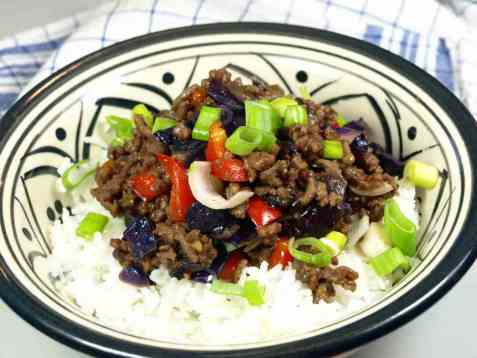 Dagens oppskrift er Asiatisk kjøttdeigpanne.