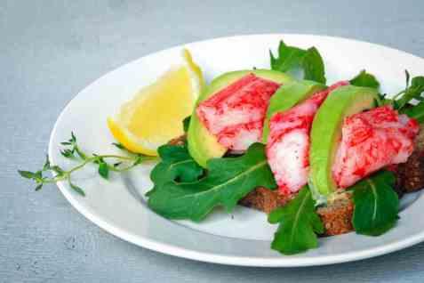 LobNobs med avokado og sitron oppskrift.