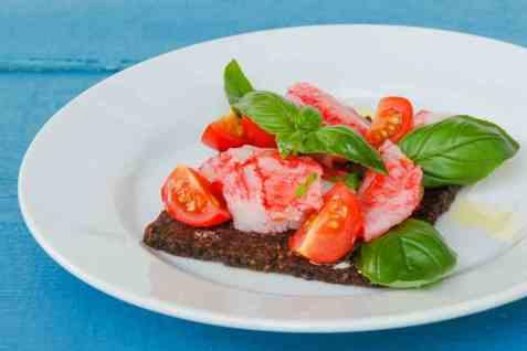 LobNobs med rugbrød og smak av Middelhavet oppskrift.
