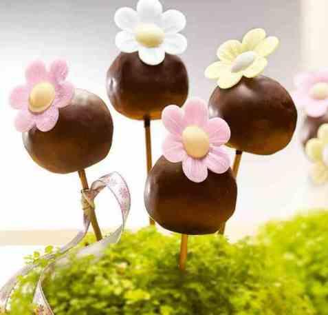 Blomstrende cake pops oppskrift.