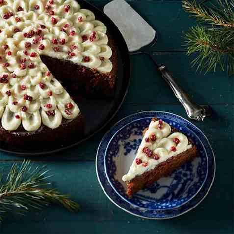 Myk pepperkake med tyttebærsyltetøy oppskrift.