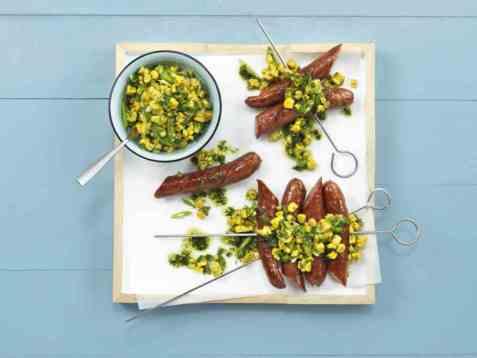 Pølser med mais- og chilisalsa oppskrift.