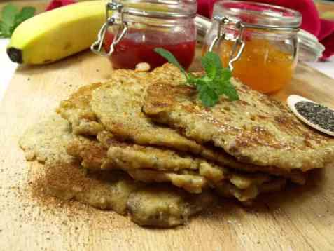 Sunne bananpannekaker til frokost oppskrift.