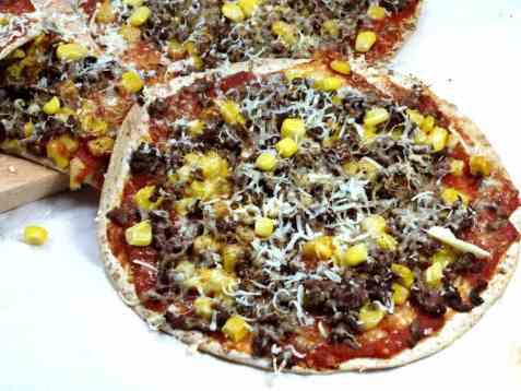 Lavkarbo tortillapizza oppskrift.