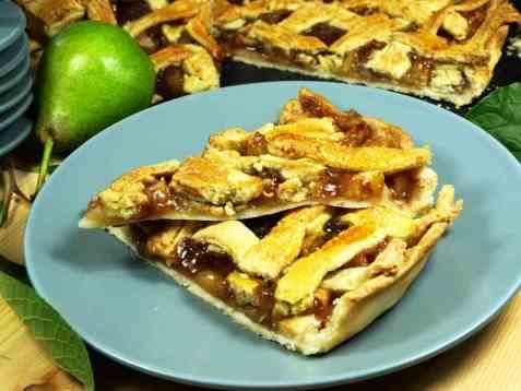 Høstens eple og pærepai oppskrift.