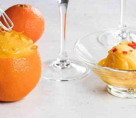 Appelsinsorbet med ingefær og chili oppskrift.
