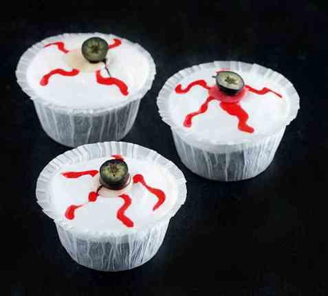 Halloween-muffins med øyne oppskrift.
