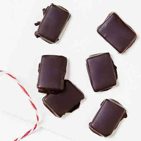 Sjokoladekarameller med muscovadorørsukker oppskrift.