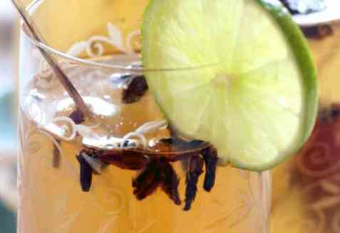 Hjemmelaget sitrusgløgg oppskrift.