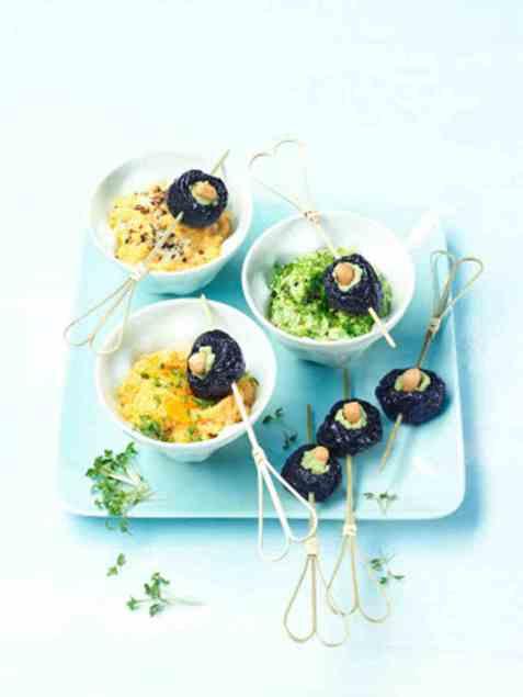 Veganske grønnsaksdipper med sviskespyd oppskrift.