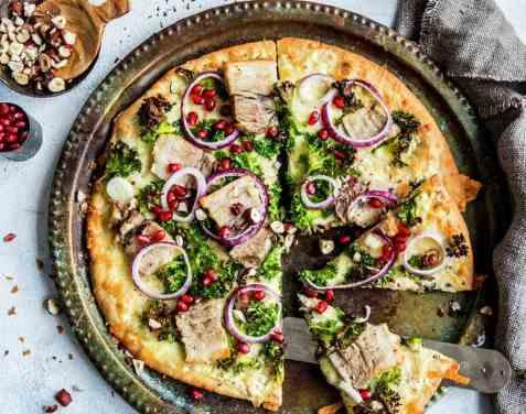 Pizza med ribbe oppskrift.