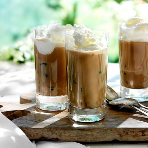 Iskaffe med is oppskrift.