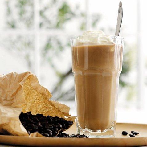 Kaffe-banan-shake oppskrift.