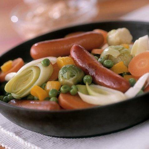 Pølsegryte med grønnsaker oppskrift.