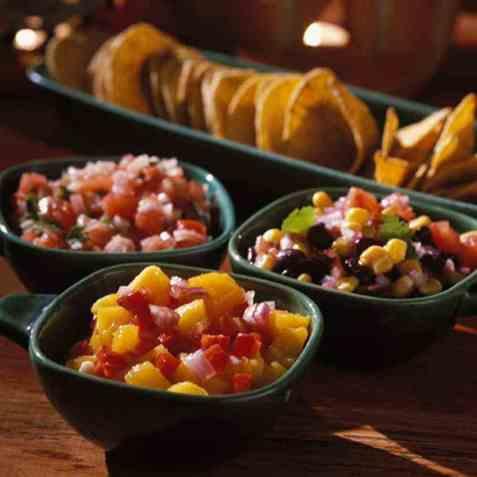 Salsa med svarte bønner og mais oppskrift.