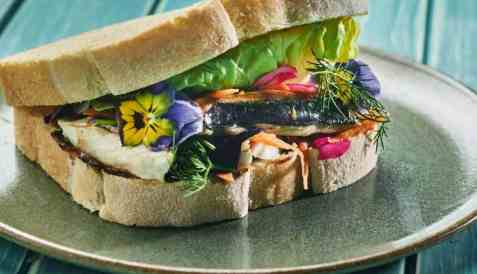 Saba sando - Makrellsandwich på japansk vis oppskrift.