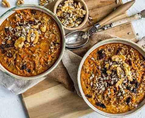Bakt byggrynsgrøt med gulrot oppskrift.