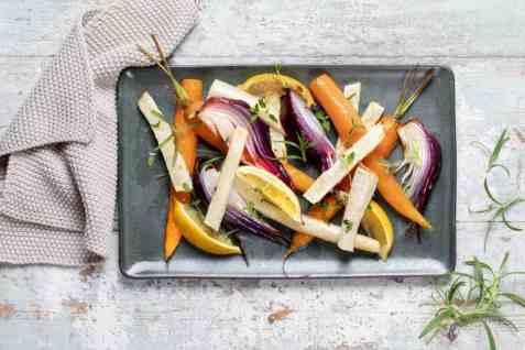 Bakte rotgrønnsaker med sitron oppskrift.