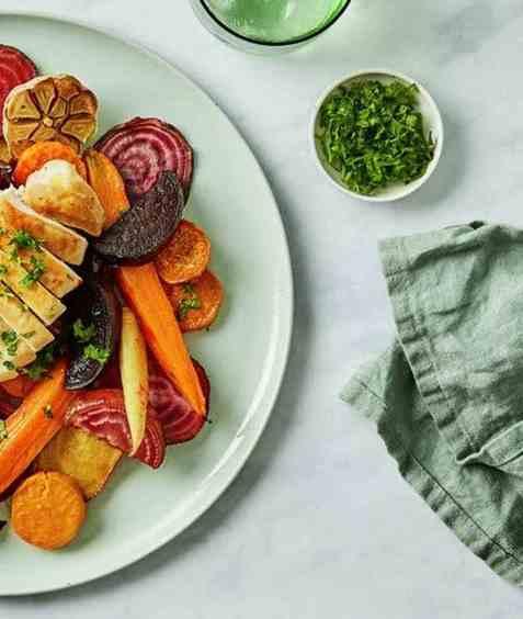 Ovnsbakte rotgrønnsaker med beter oppskrift.