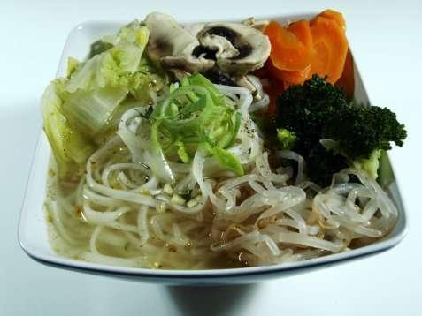 Kinesisk grønnsak nudelsuppe oppskrift.