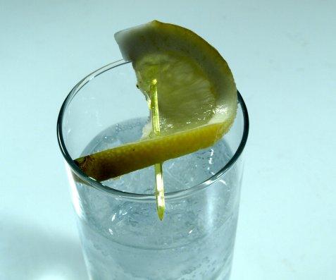 Vodka and Tonic oppskrift.