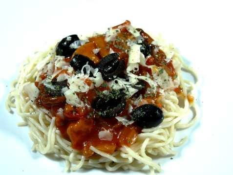 Spaghetti alla Siracusana oppskrift.