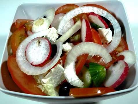 Prøv også Gresk salat (Horatiki Salata).