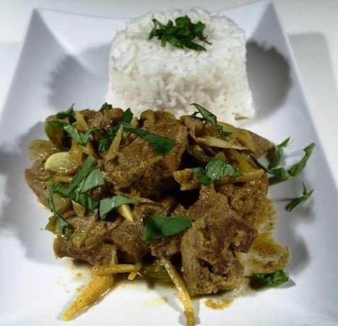 Lam i curry oppskrift.