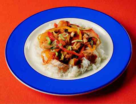 Høns på kinesisk vis oppskrift.